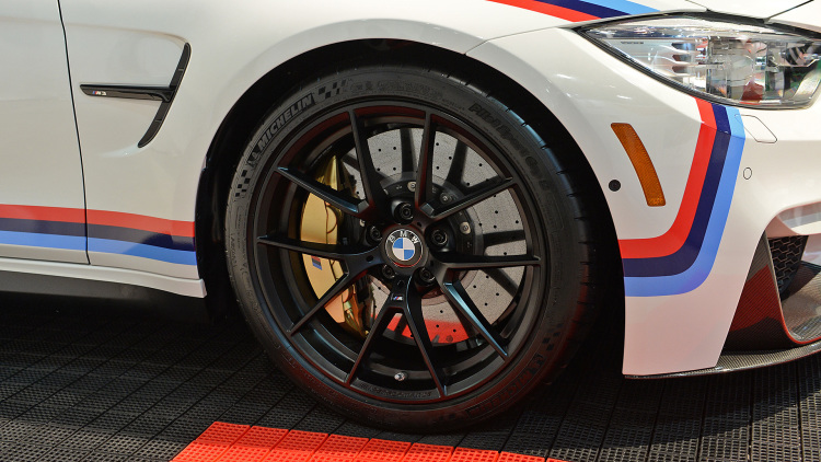 BMW proves to be Showstopper at SEMA Show with M Performance parts