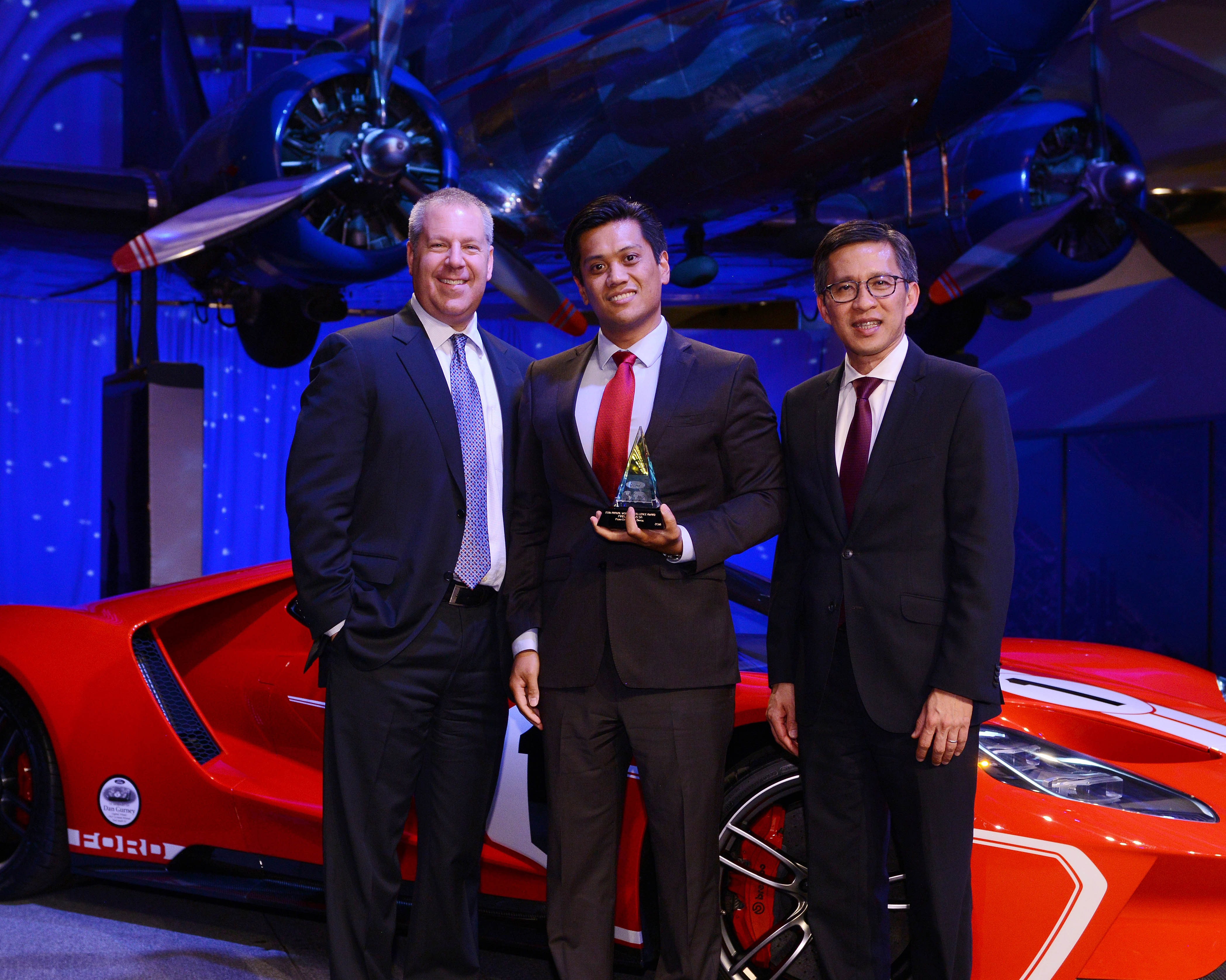 Pirelli Wins Award from Ford at 2018 Ford World Excellence Awards