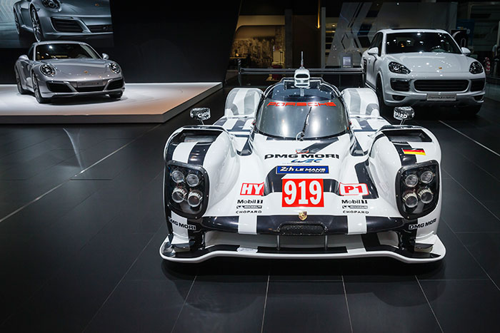 Porsche Emphasizes Legacy of Innovation at DIMS 2015
