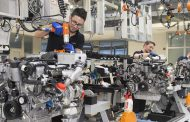 Daimler to Expand Production of V12 Biturbo Engines in Germany