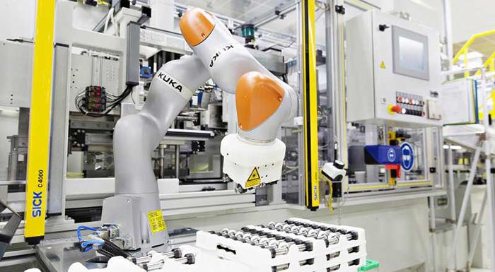 ŠKODA Vrchlabí Facility Introduces Its Intelligent Assistant