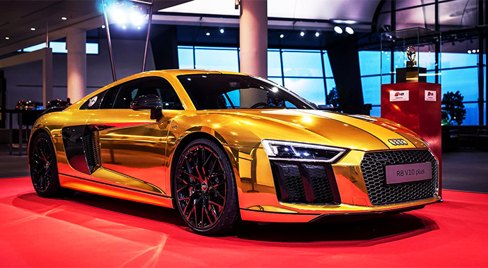 Audi Celebrates AutoBild Award with Gold wrapped R8