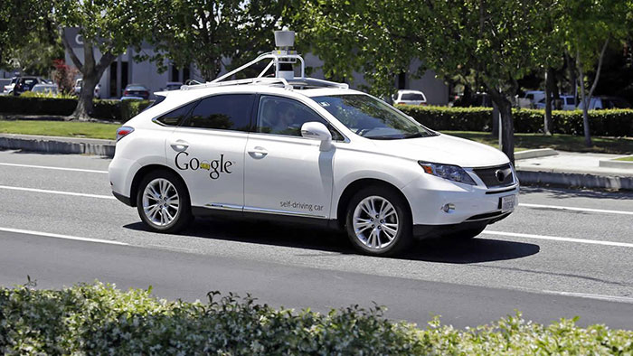 Study Finds that Autonomous Cars Less Likely to Crash