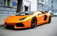 Lamborghini Hits the Record Books with Sale of 3245 Supercars in 2015
