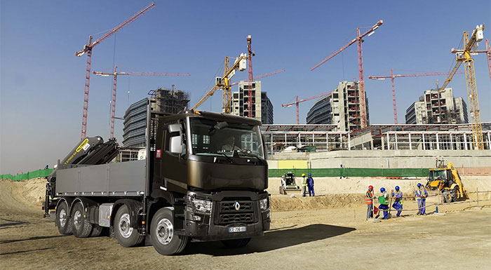 Renault Trucks Strenghtens Range of Products and Services in the Middle East