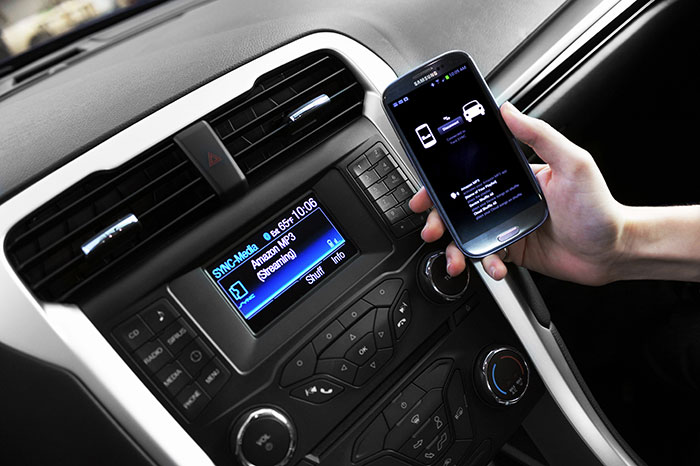 Parents and Teenage Drivers Stay in Sync with Sync from Ford