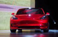 Tesla Model 3 Draws Huge Interest Before Debut