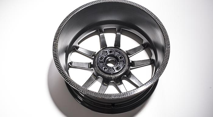 Ford GT's Carbon-Fiber Wheels Boast Multiple Advantages