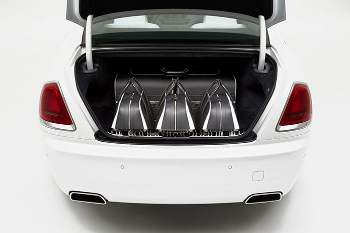 Rolls Royce Extends Wraith Range with Luxury Luggage Set