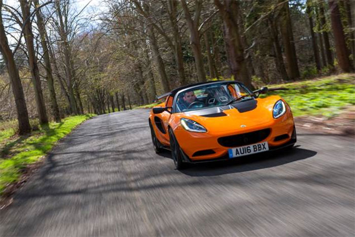 Lotus Elise Chosen for Champion Award by Autocar Readers