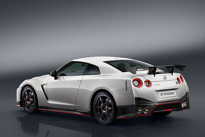 2017 Nissan GT-R NISMO takes GT-R to the Next Level
