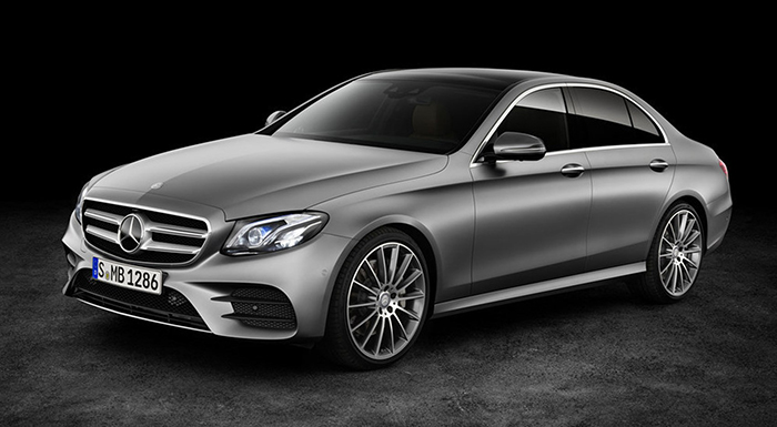 Mercedes E-Class Drivers Can Now Find Parking Without Sweat