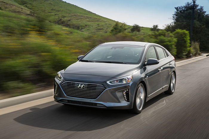 Hyundai Confirms IONIQ Hybrid will Reach Middle East Market in 2016