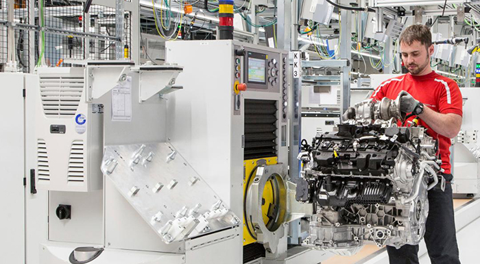Porsche Inaugurates New Eight-Cylinder Engine Production Facility in Germany
