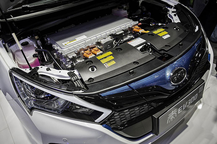 Samsung Seeks to Venture into Auto Sector with BYD Deal