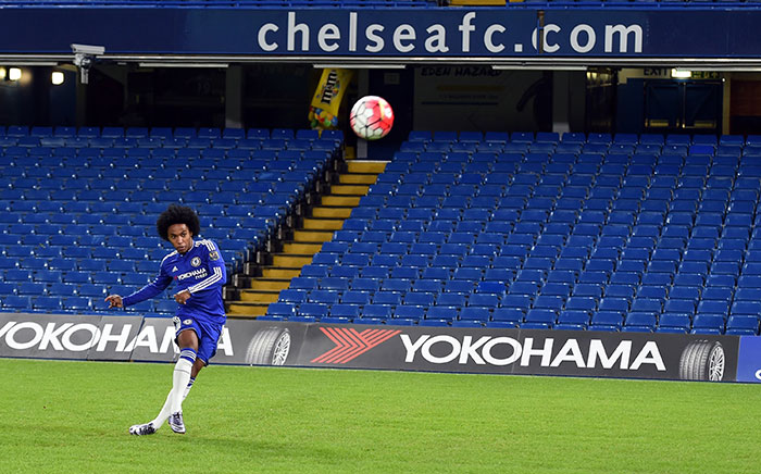 Yokohama Teams with Chelsea to offer free football clinics in the US