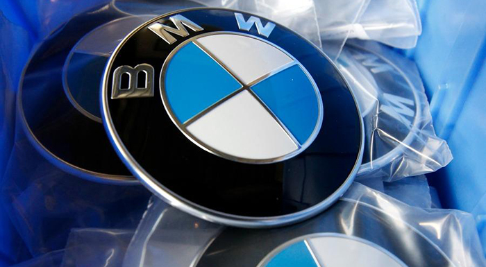 BMW Mulls Opening EV Battery Plant in Thailand