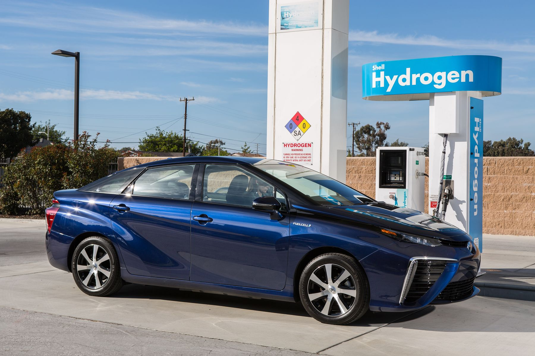 Dubai Gets the First Hydrogen Fuel Station in the Middle East