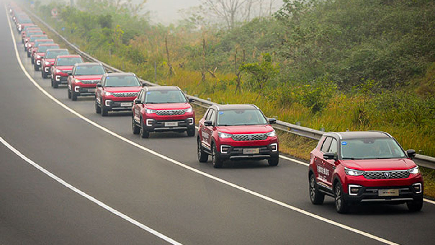 Largest Convoy of Self Driving Cars Sets World Record