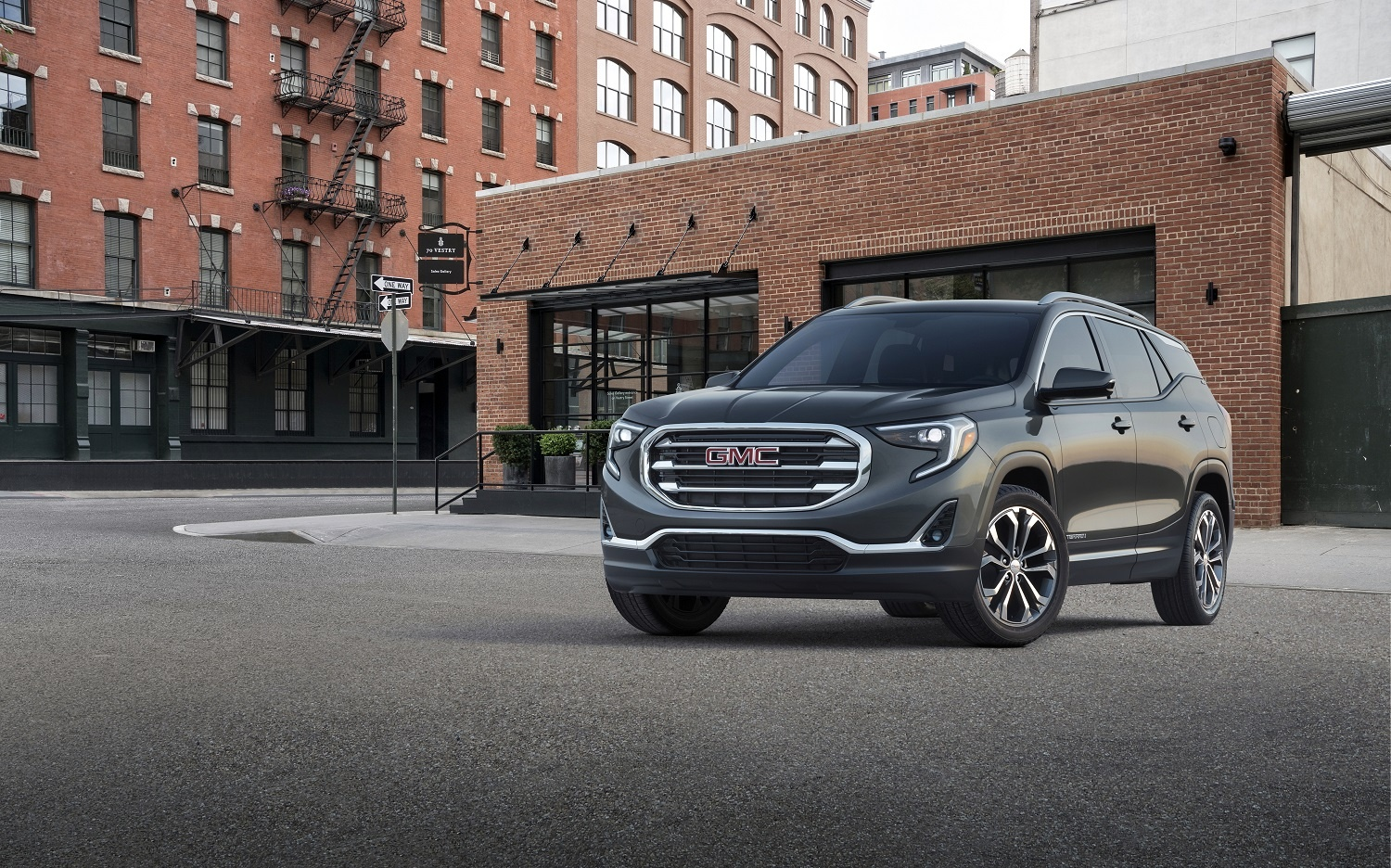 GMC offers UAE customers virtual buying experience complete with online financing and enticing deals