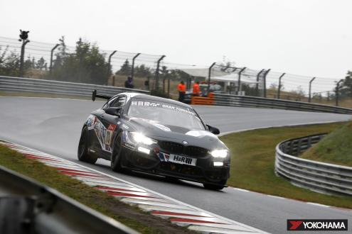 Car running on YOKOHAMA's ADVAN racing tires finishes first in SP8T class in Nürburgring 24-Hour Endurance Race
