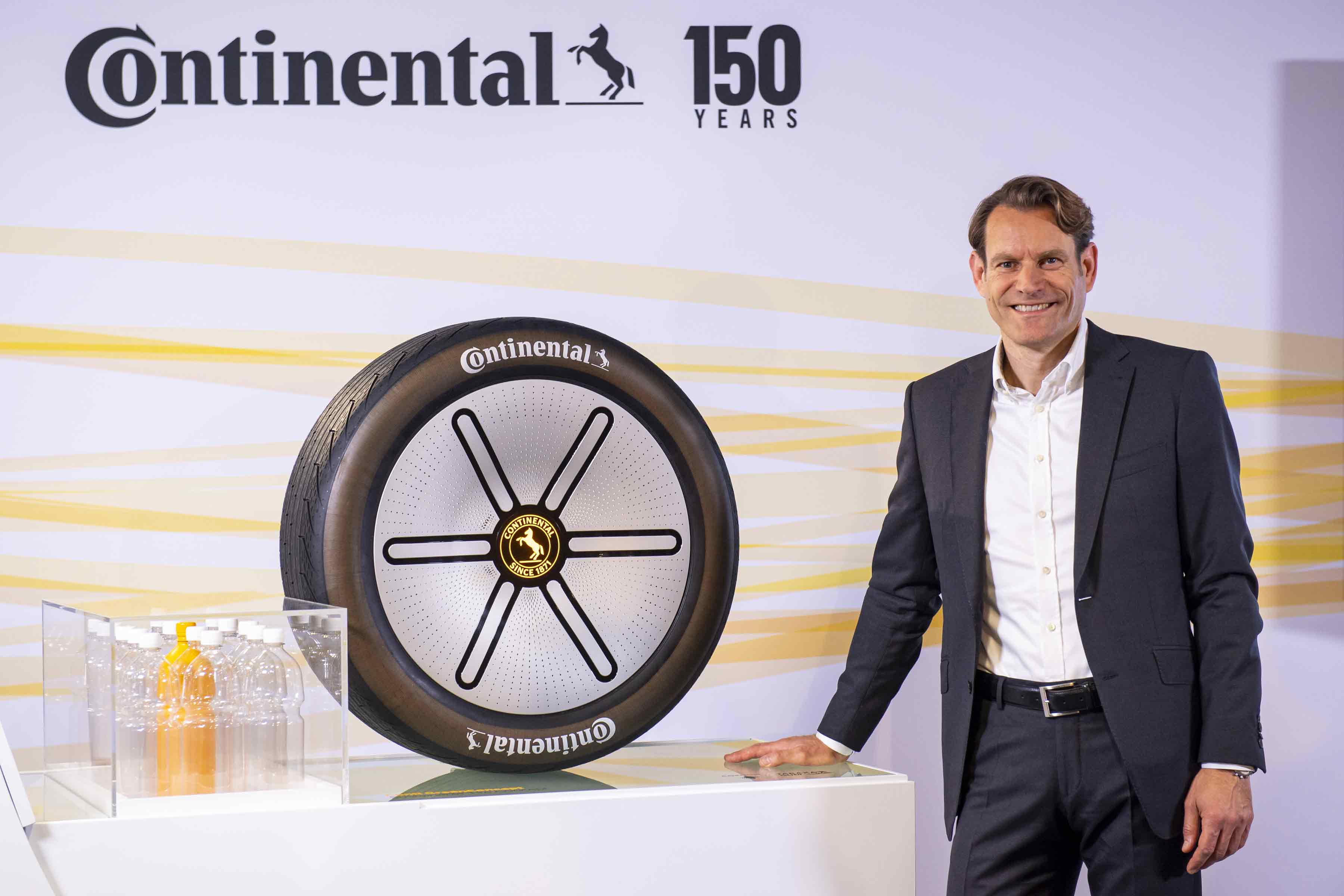 Continental Celebrates World Premiere and Presents Pioneering Solutions for Autonomous Driving
