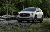 GMC Unveils Refreshed 2022 Terrain, Further Expanding on its Premium SUV line-up