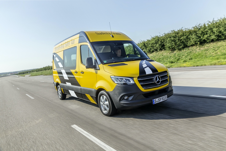 Mercedes-Benz Vans celebrates 25 years of the Mercedes-Benz Sprinter
