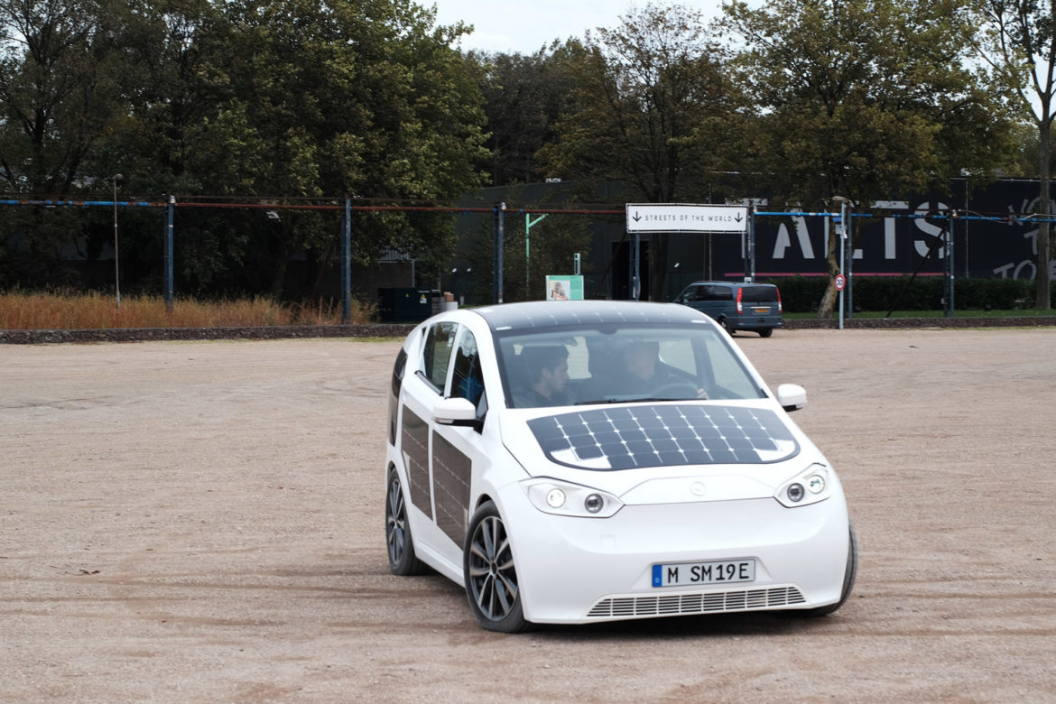 Sono Motors Develops Solar Car that can charge as you drive