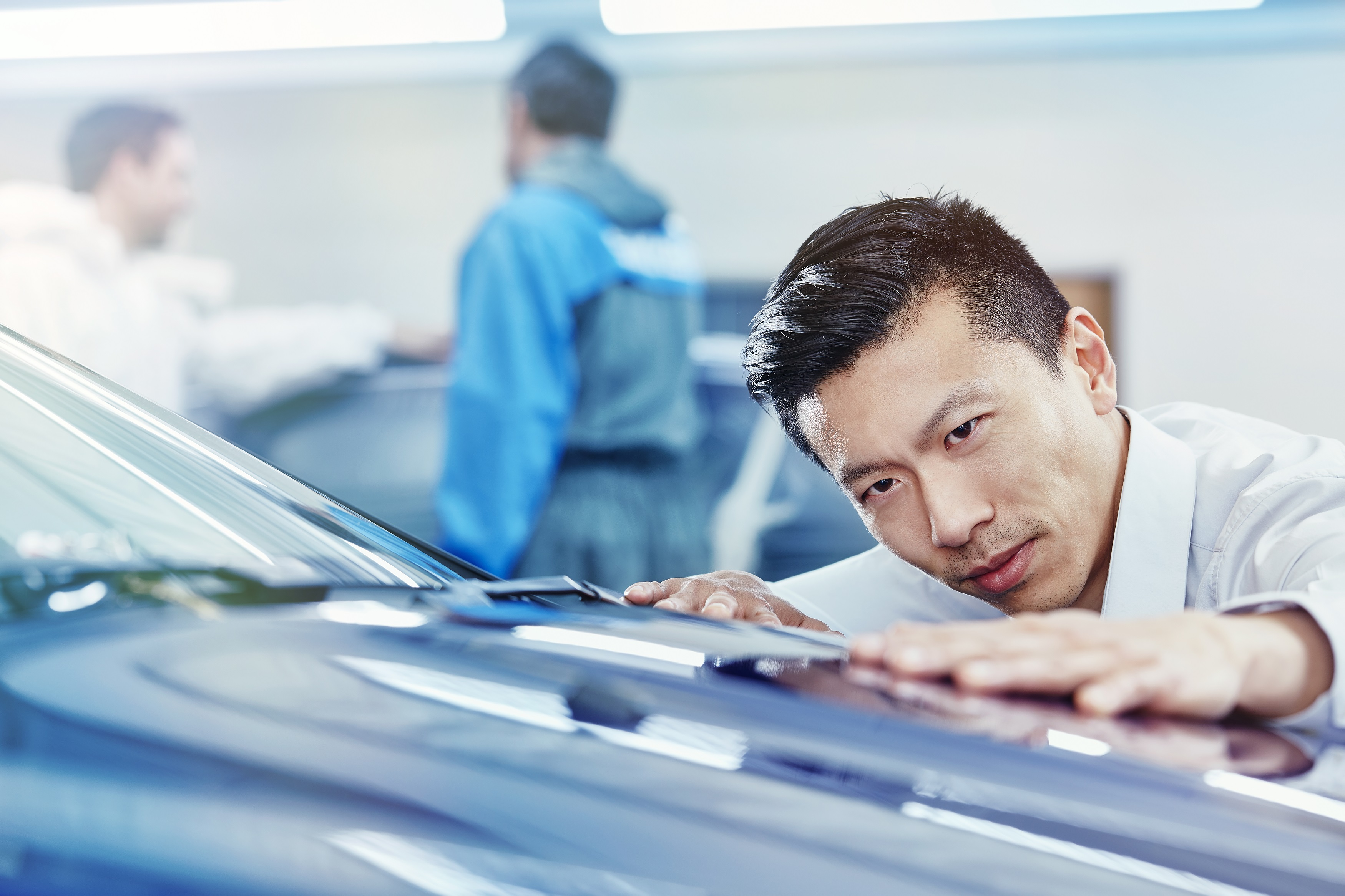 AkzoNobel Finalizes Supply Deal With BMW