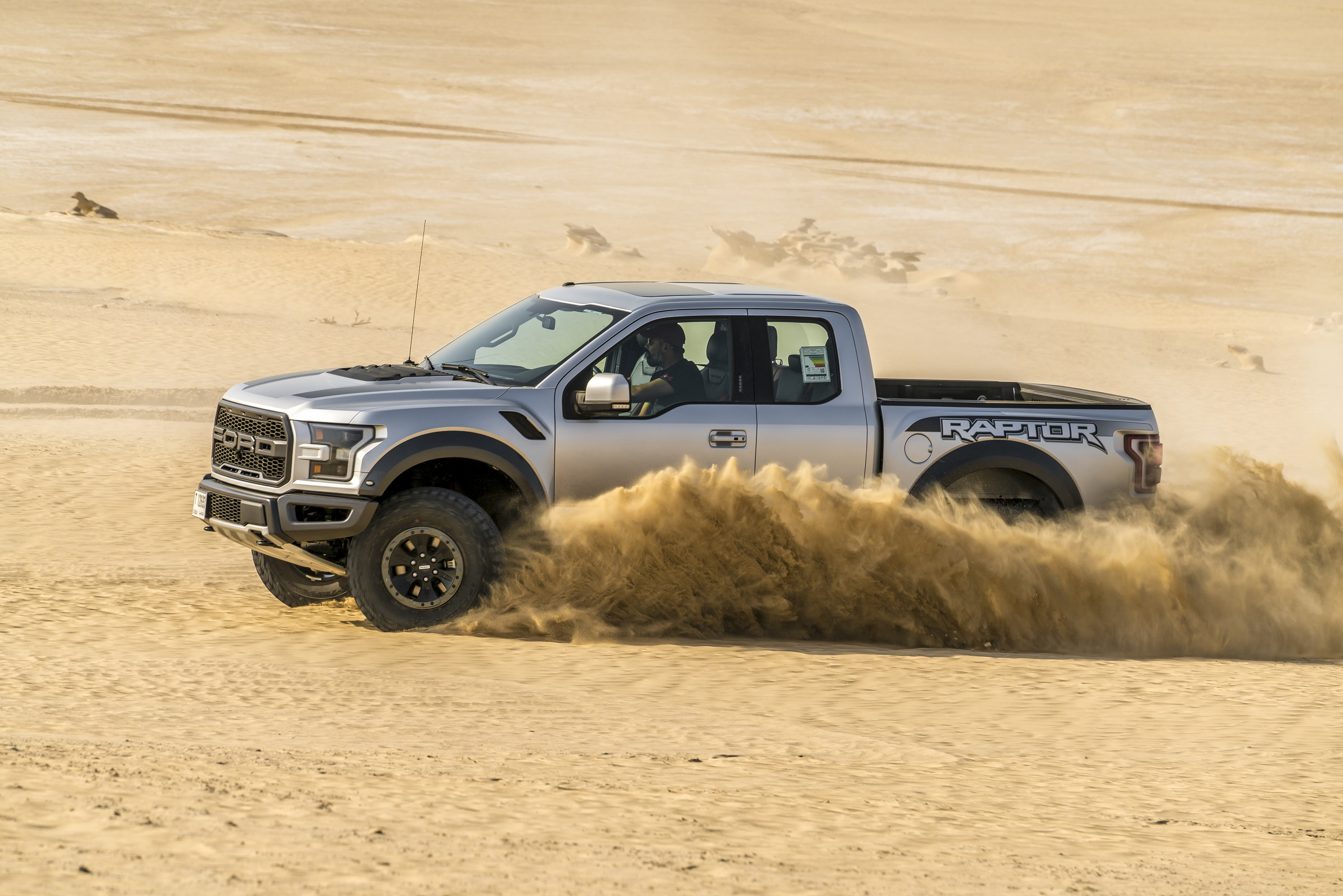 Cutting-Edge Transfer Case Underpins New Raptor's Terrain Management System
