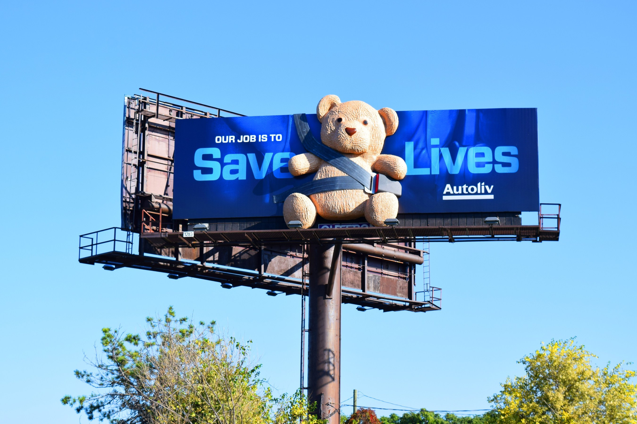Autoliv Highlights Safety with Billboard Campaign Featuring Teddy Bear