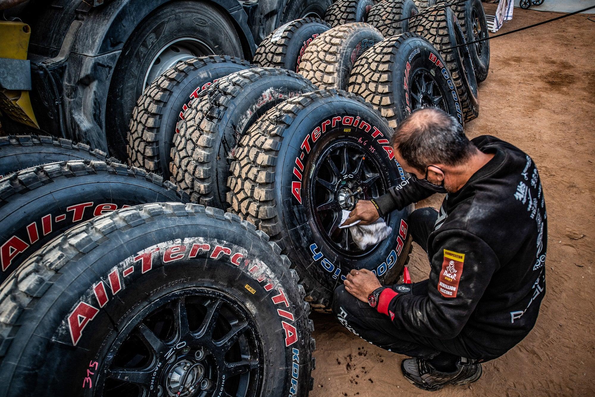 Bfgoodrich Tires Claim 17th Dakar Win With Stéphane Peterhansel And Edouard Boulanger