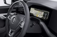 Bosch Makes First Curved Instrument Cluster for Volkswagen
