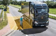 Continental launches turn assist system for commercial vehicles onto the market