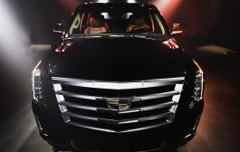 Cadillac Returns to Sole DXB with #iconsonly Installation