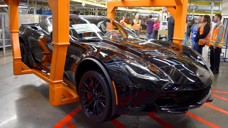 Chevrolet Makes Last Front-Engine Chevrolet Corvette