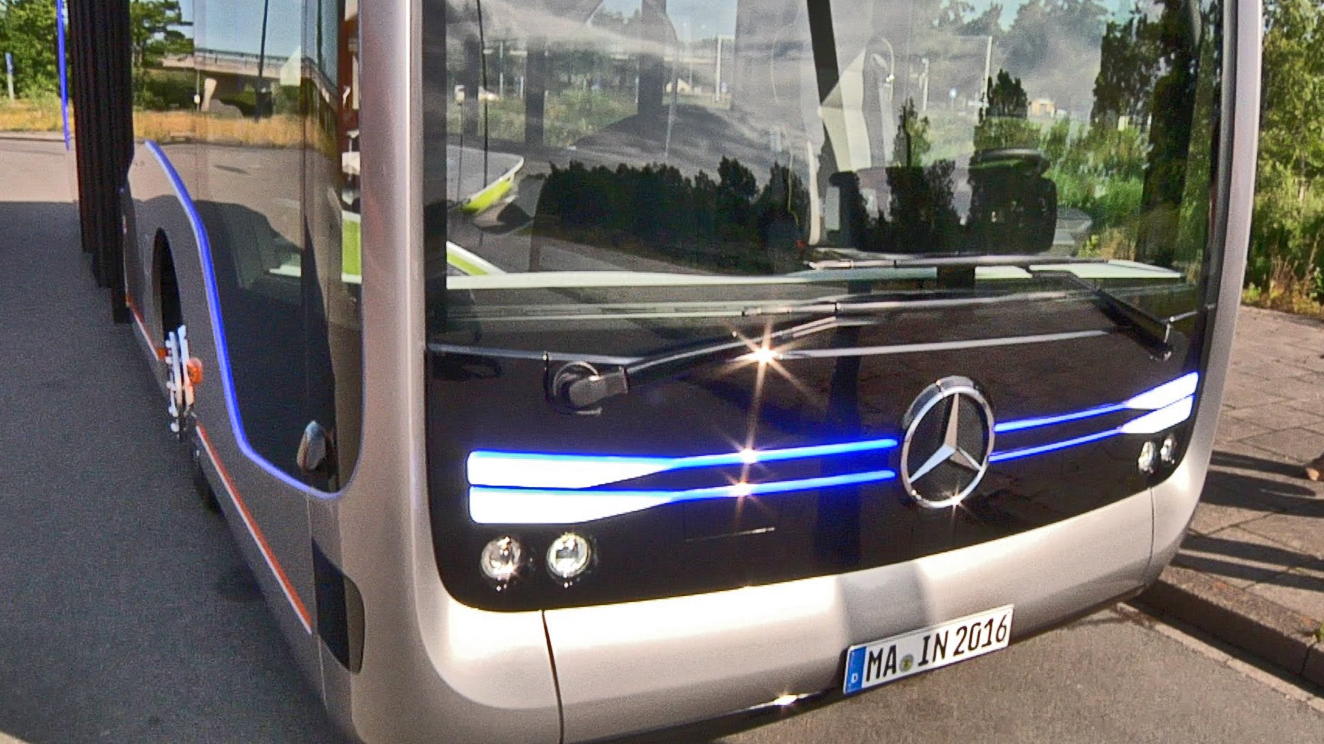 Daimler Buses Adds Brake Assist with Pedestrian Recognition
