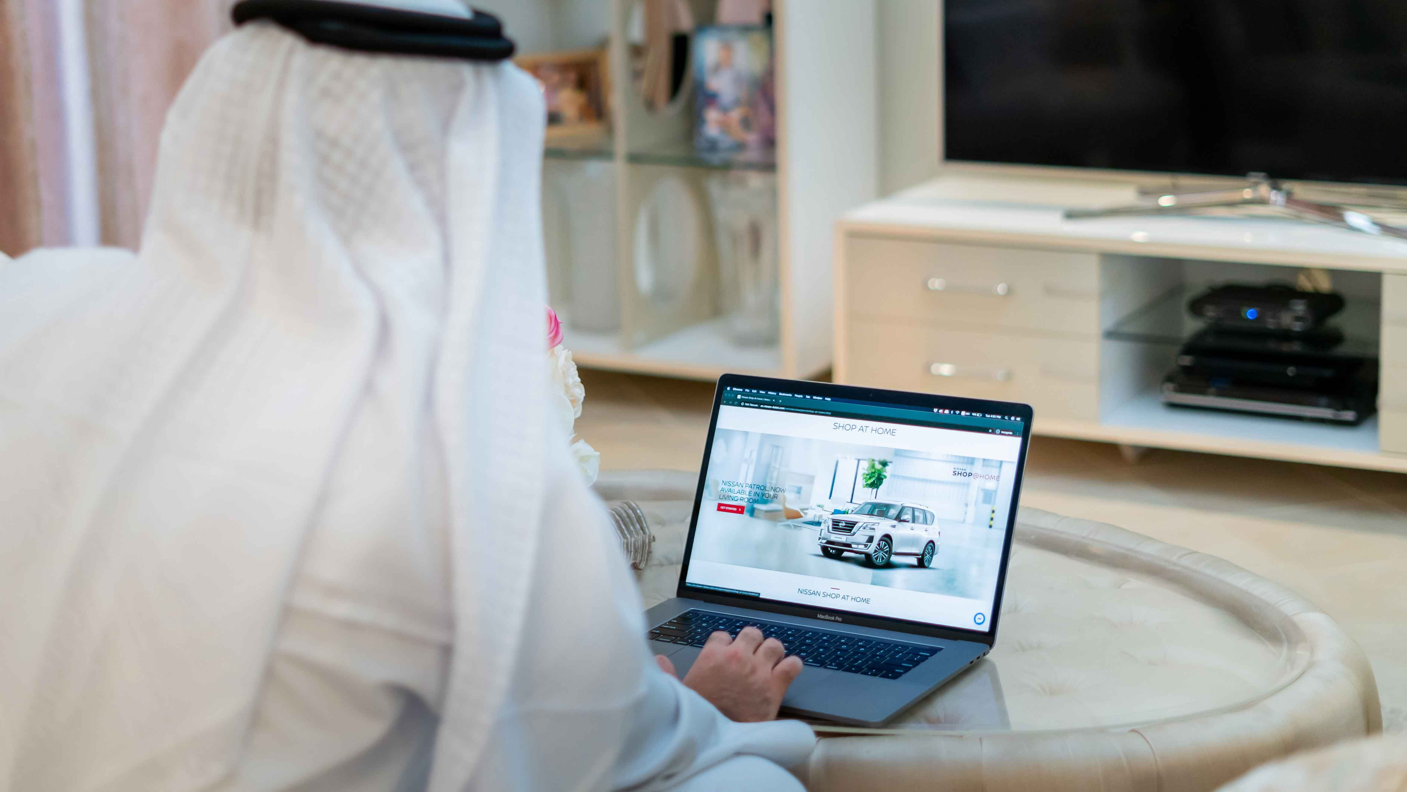 Customers can now buy a Nissan car online with Arabian Automobiles
