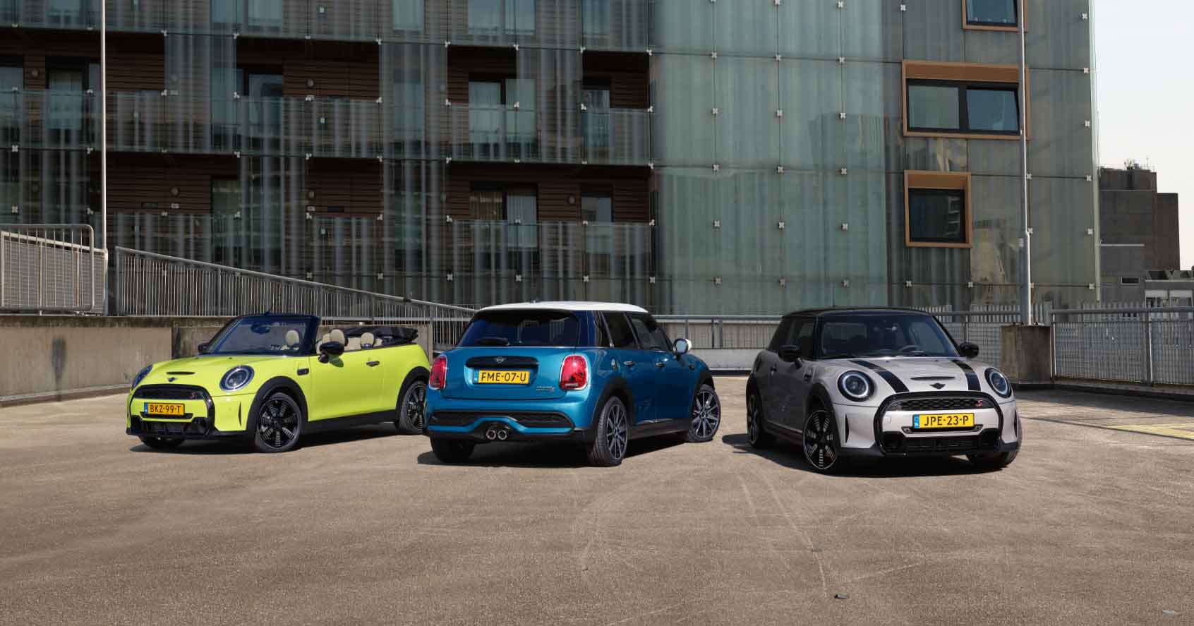 Abu Dhabi Motors welcomes the all-new MINI Hatch and MINI Convertible to the capital