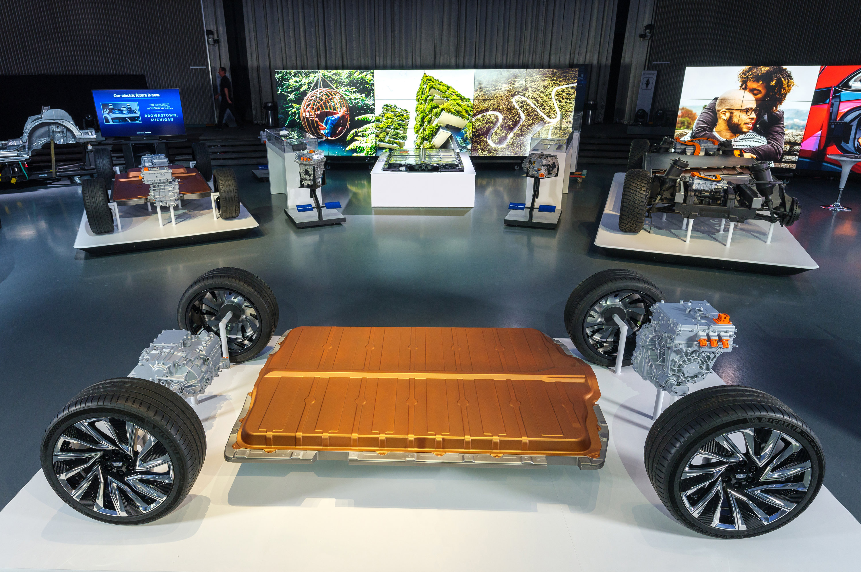GM Reveals New Ultium Batteries and a Flexible Global Platform Grow EV Portfolio