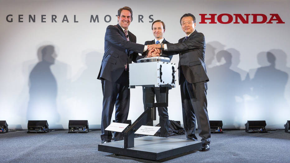 GM and Honda to Collaborate on Building Hydrogen Fuel Cells by 2020
