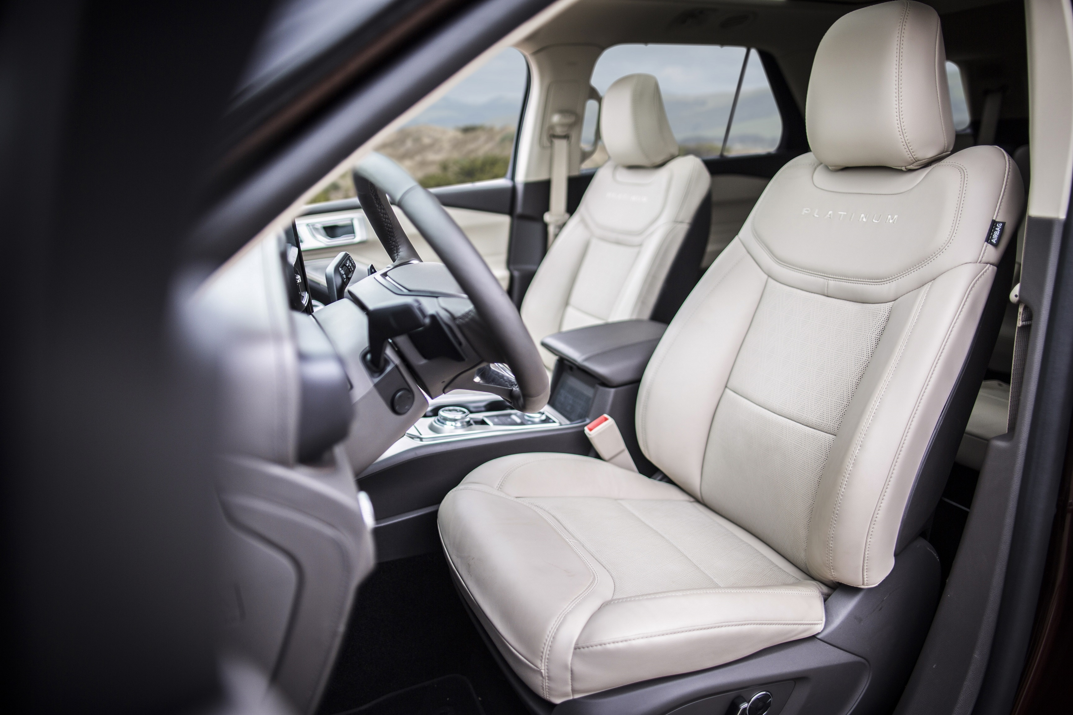 Ford Develops Cure For Those Road Trip Blues With Comfortable, Stylish Front Seats In All-New Ford Explorer