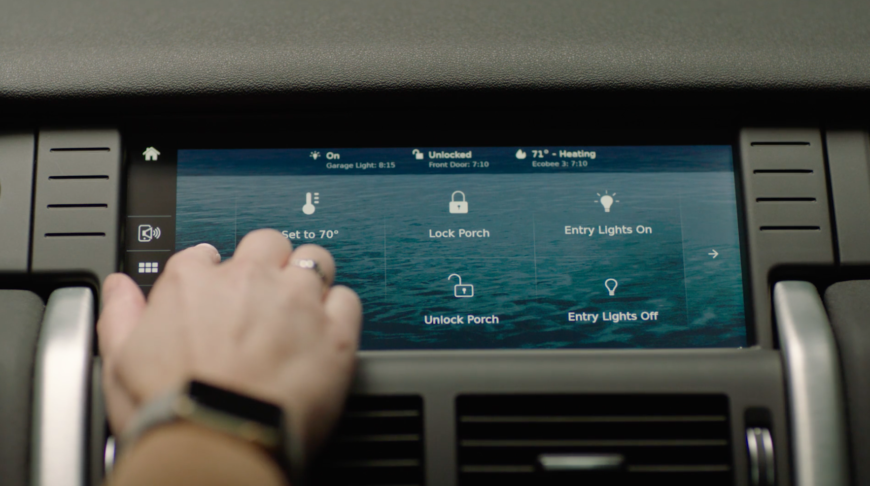 Jaguar Land Rover Uses CES to Unveil Innovative Connected Technology
