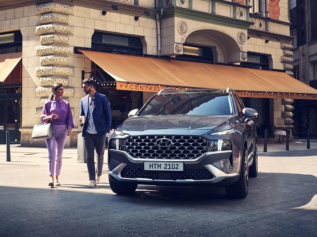 The perfect family car Hyundai Santa Fe arrives at Juma Al Majid showroom