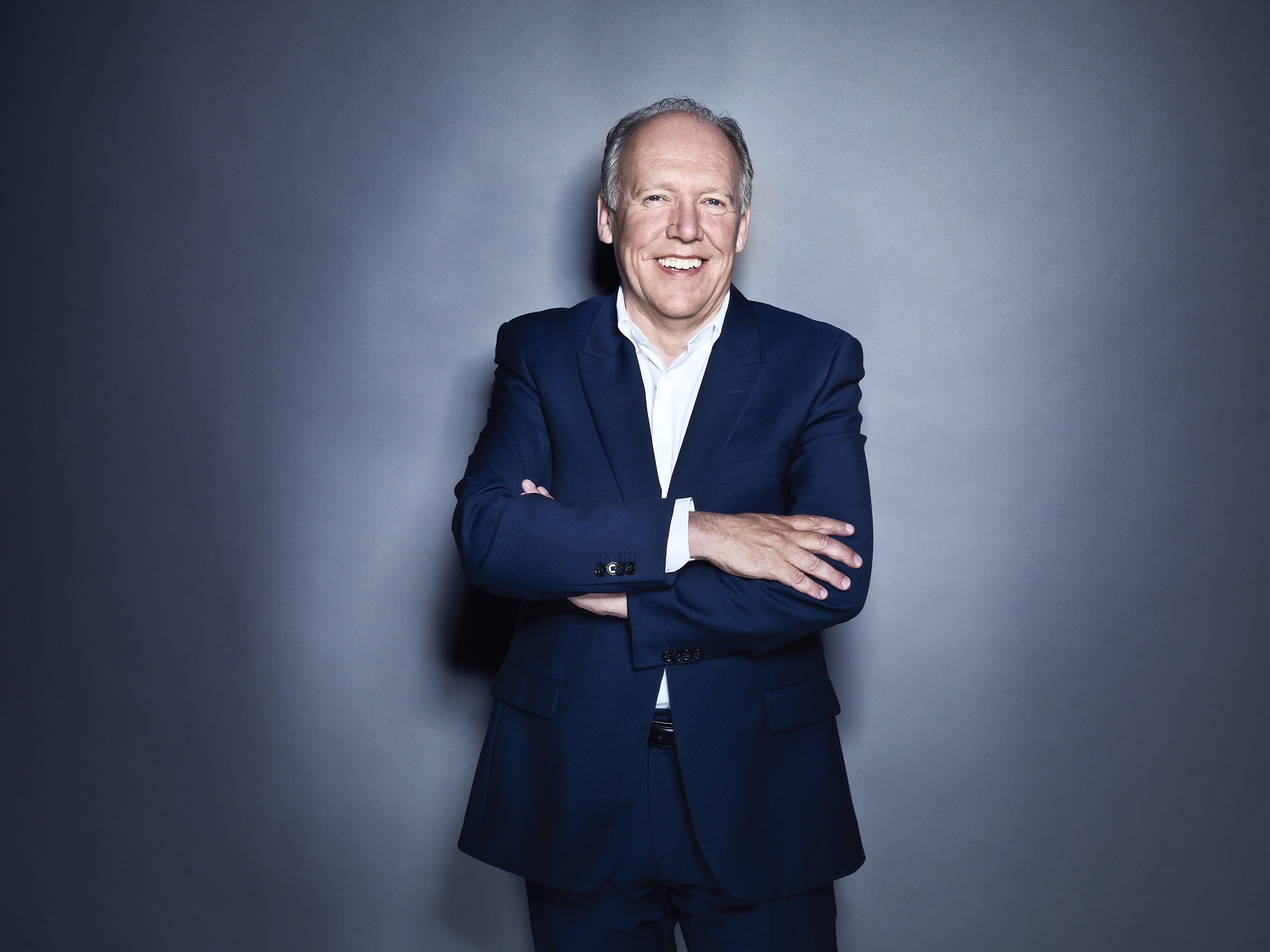 Ian Callum Receives London Classic Car Show Icon Award