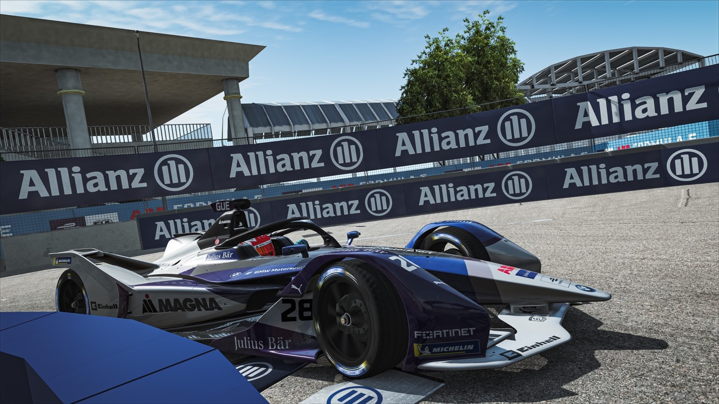 How does energy management work in virtual Formula E