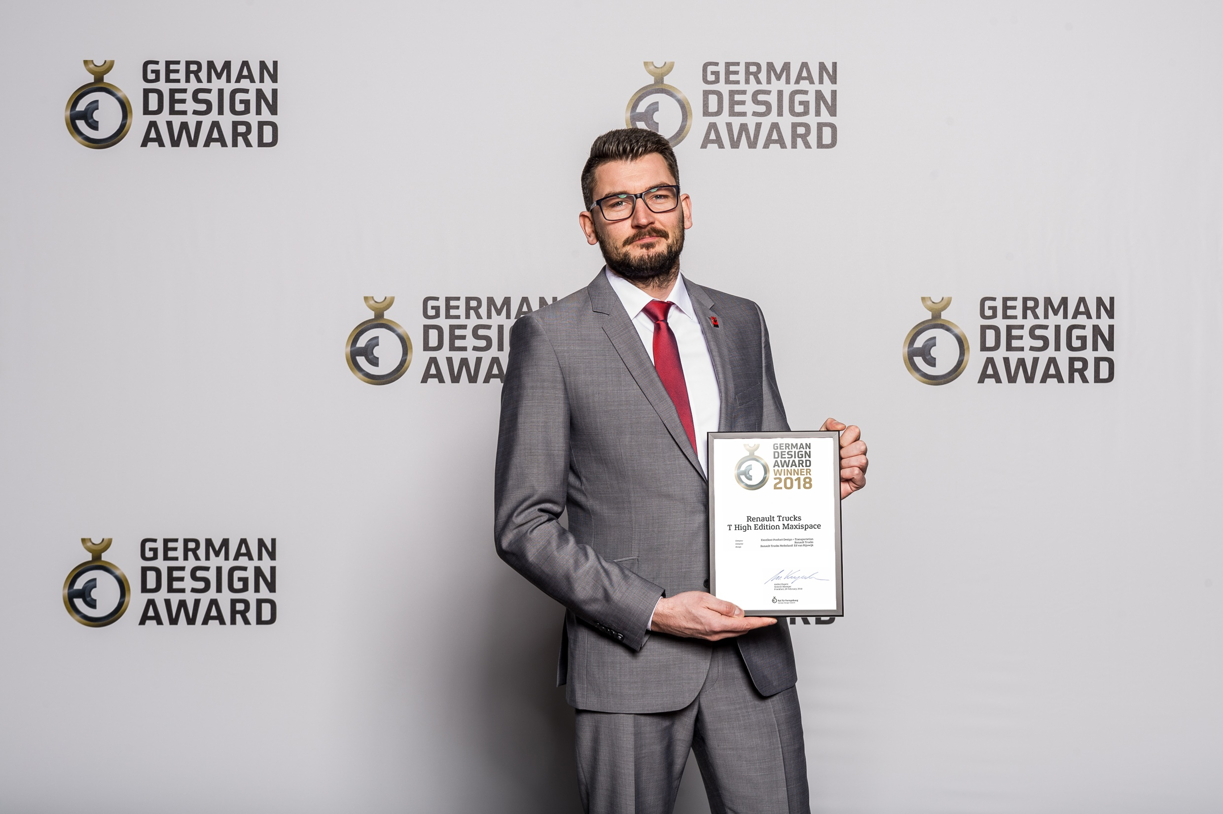 Renault Trucks Receives German Design Award for Renault Truck T High Edition