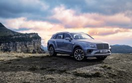 THE DEFINITIVE LUXURY SUV NEW BENTLEY BENTAYGA