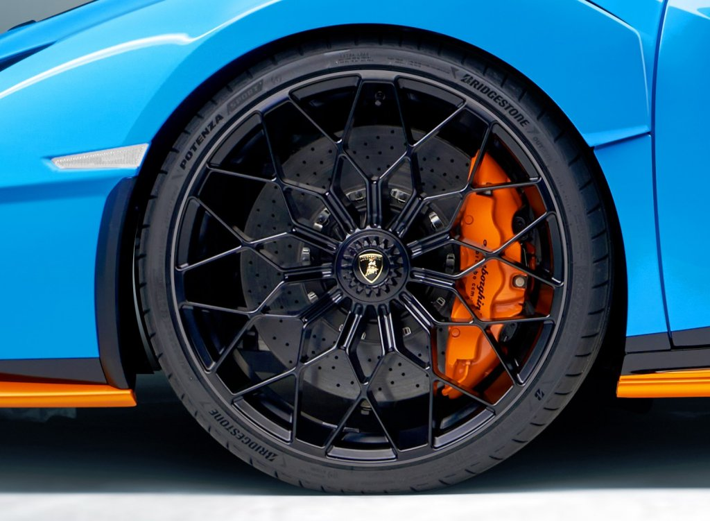 Bridgestone selected by Lamborghini as tyre supplier for Huracán STO supercar